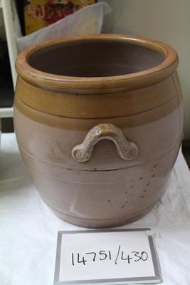 Bread pot