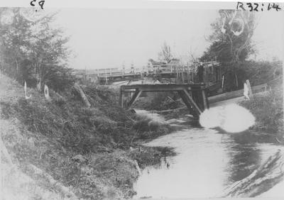 Arawata St Bridge