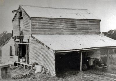 Holmwood Barn