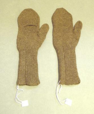 Pair of mittens