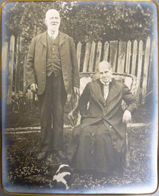 Mrs England, Couple