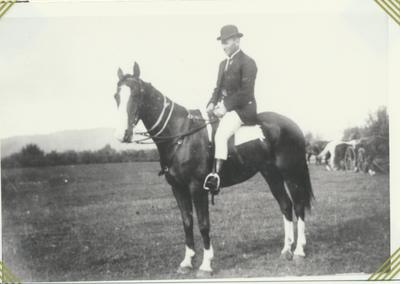 Willie Taylor on Horse