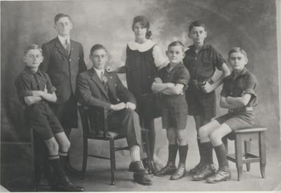 Mandeno Family
