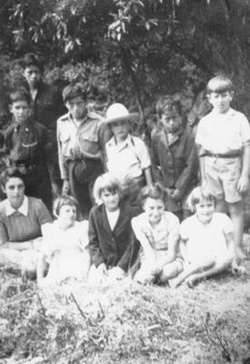 Ngutunui School Group