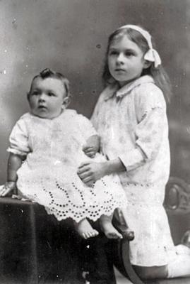 Betty and Winnie Bygrave