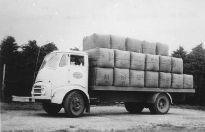 Te Pahu Transport Truck