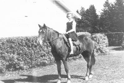 Edna Arthur