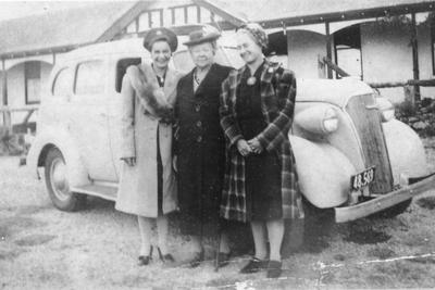 Edna, Elizabeth and Evelyn Langmuir