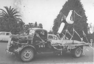 Te Awamutu Young Men's Institute (Y.M.I.) Float