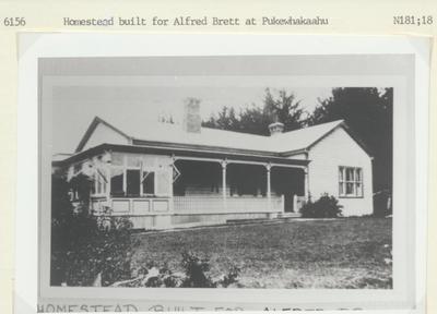 Homestead in Pukewhakaahu