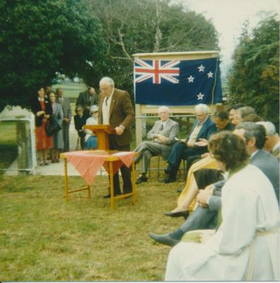 Unveiling of New Zealand Historic Places Trust Plaque