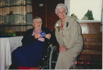 Valma De La Mare and Susan Schweigman